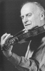 Yehudi Menuhin demonstrating practice techniques