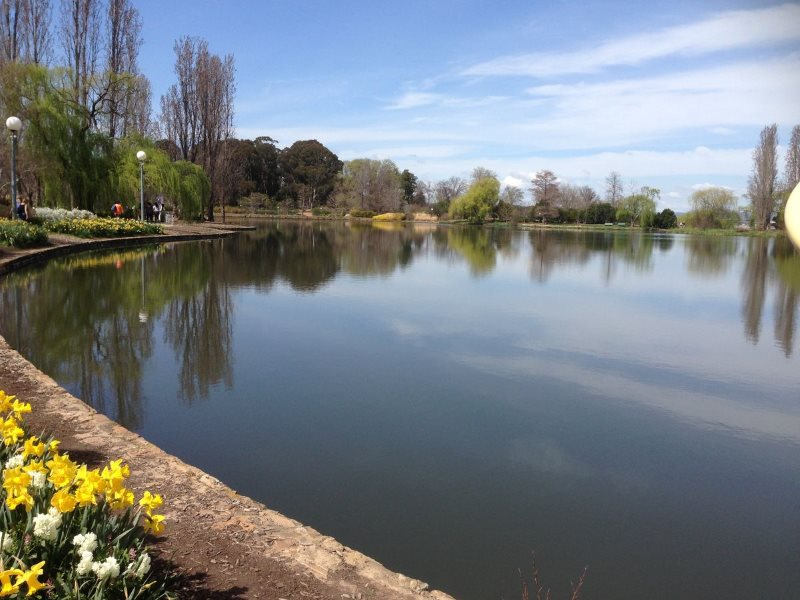 Reflection Pool, Canberra - a lesson at Inglis Academy in St Leonards - www.inglisacademy.com